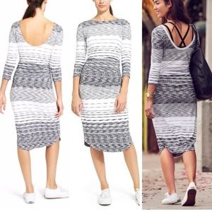 🌹Athleta Stripe Scoop Back Midi Dress 🌹